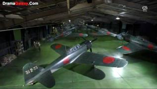 Eien 01 Zuikaku hangar deck A6M5.jpg