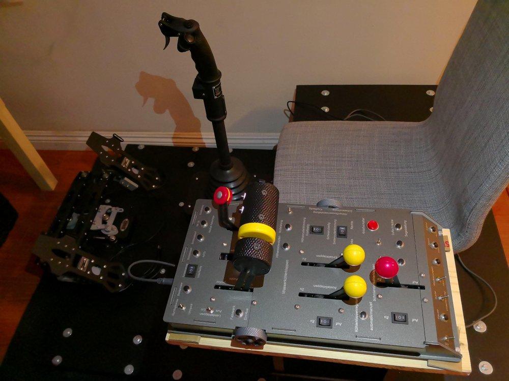throttle.thumb.jpg.d47ebc9fed932fcb9ab4b