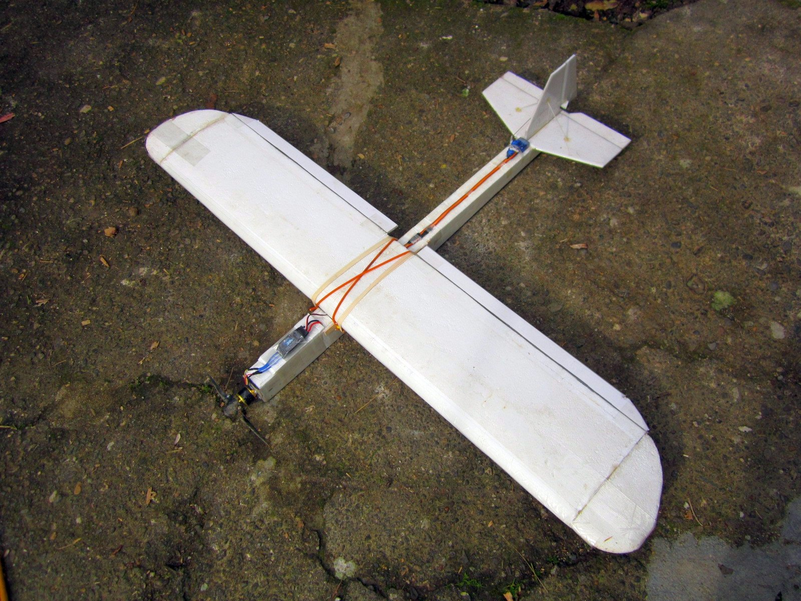 Hardware: Simple rudder bar for the DIY enthusiast, ( and other