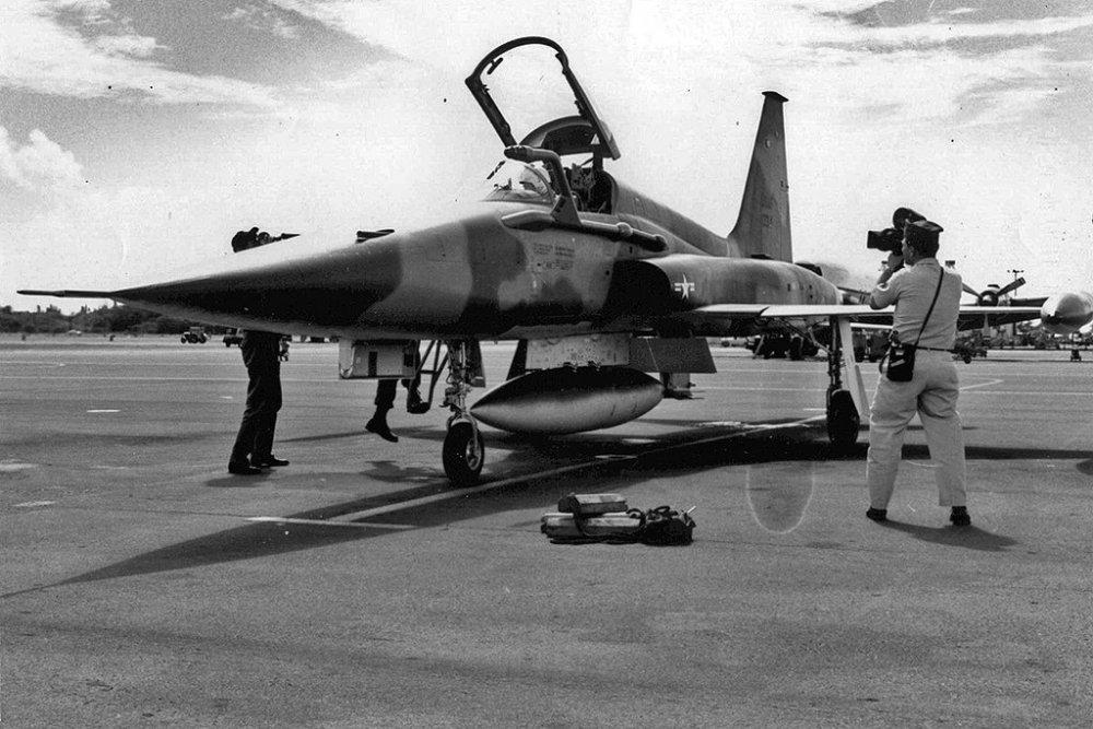 Northrop F-5C Skoshi Tiger (5).jpg