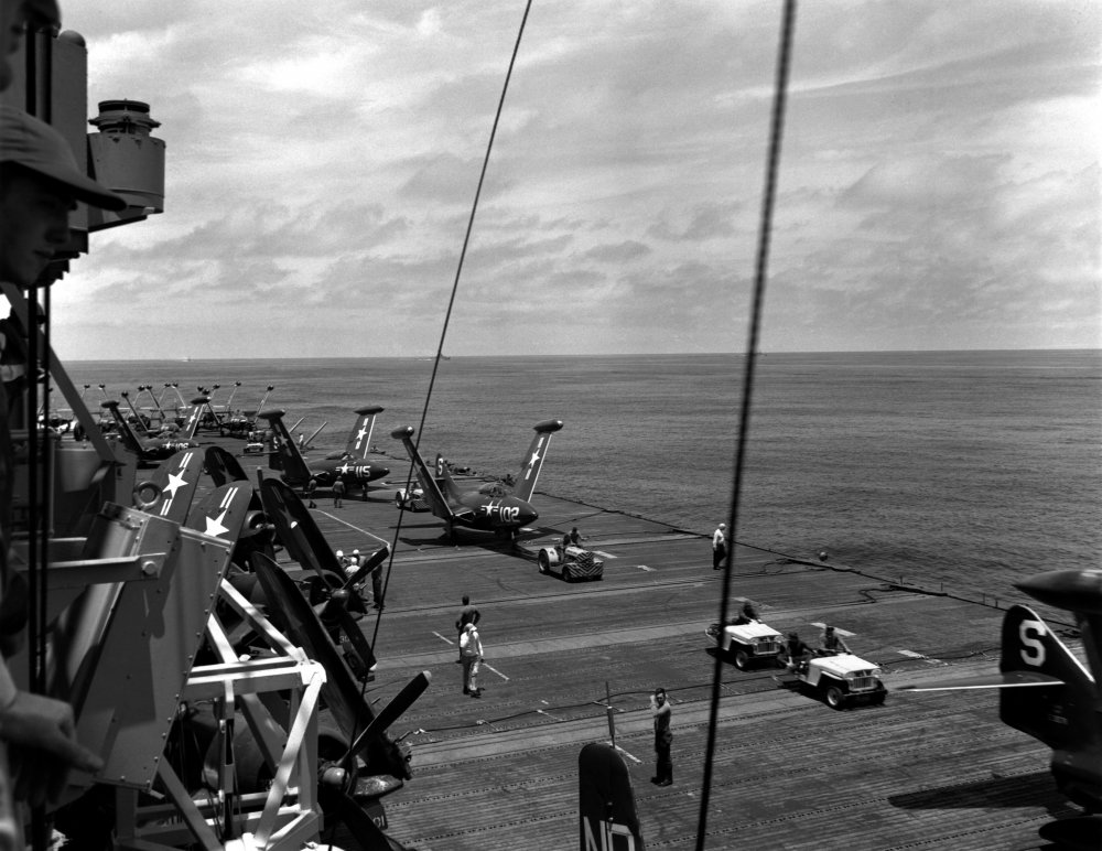 CV-45_flight_deck_1950.jpeg