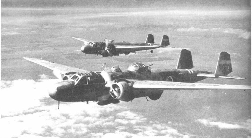 G3M__Attack_Bomber_Nell.thumb.jpg.023e23577f4ad63a5e70266e1a2d62cd.jpg