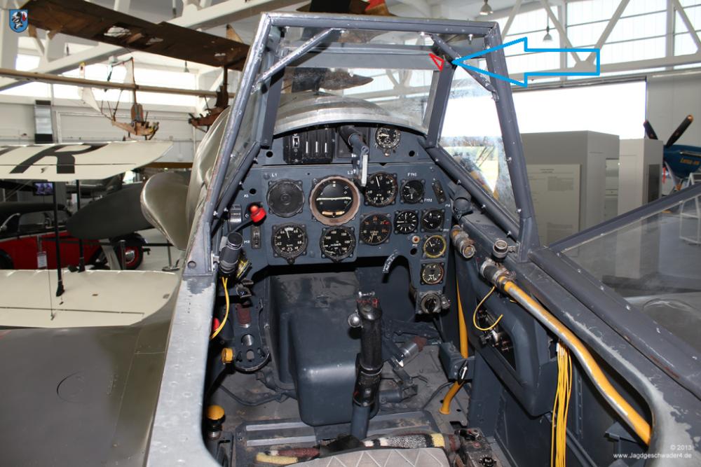 0020_Zirchow_Usedom_Messerschmitt_Bf_109_G-14_WNr_462707_Cockpit_Instrumentenbrett00.thumb.png.fc31bee927795c915e54a280a951e1ee.png