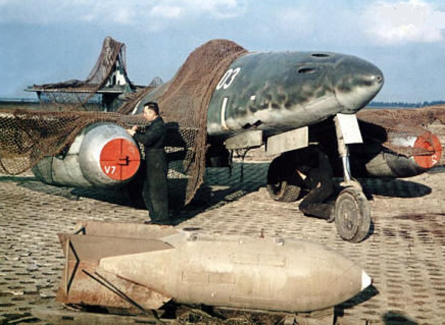 Me 262 book 2.png