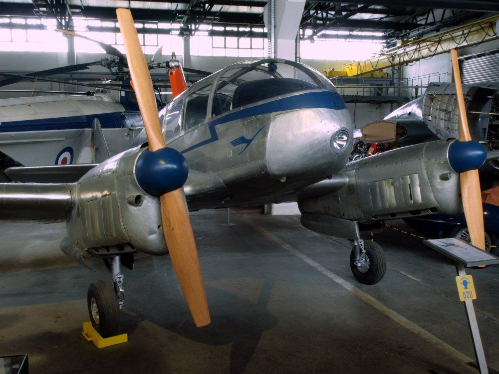 Aero 45 1948_Lufthansa_LET_Aero_45_pic1.JPG