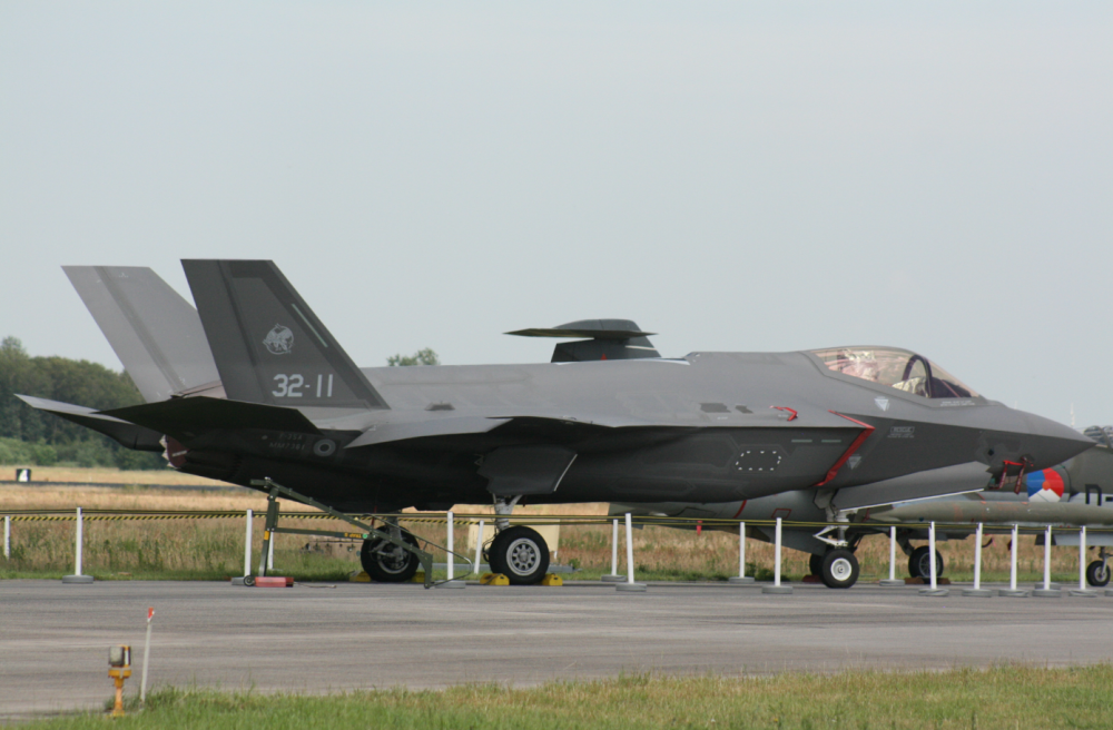 F 35.png