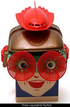 b98227422f77b92d73515c18be6bd5f2--retro-futurism-vintage-toys.jpg