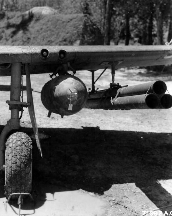 North_American_P-51_With_1000_Pound_Bomb_And_Bazooka_Rocket_Tubes.jpg