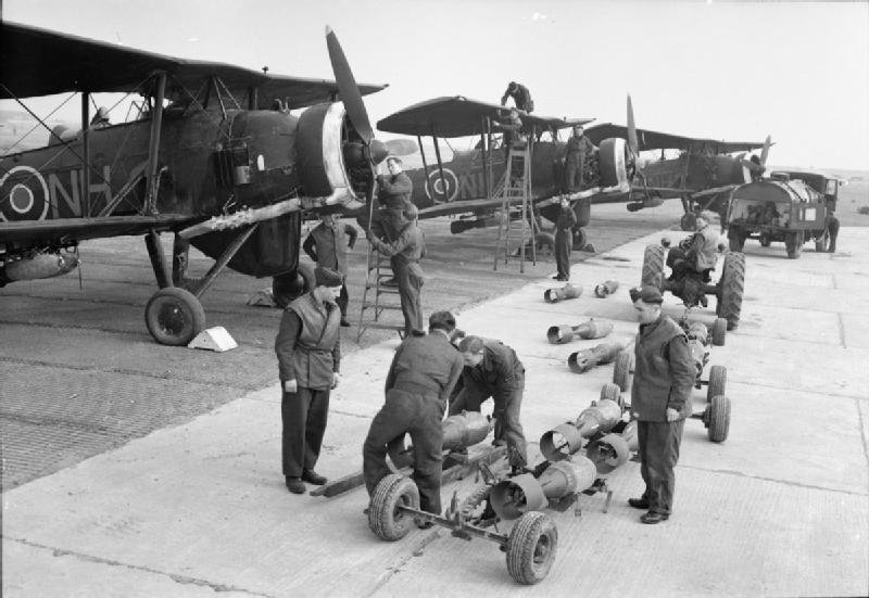 1927309727_Royal_Air_Force_Coastal_Command_1939-1945._CL2277.jpg.3d8261bf63948c7495c06b1d8793b941.jpg