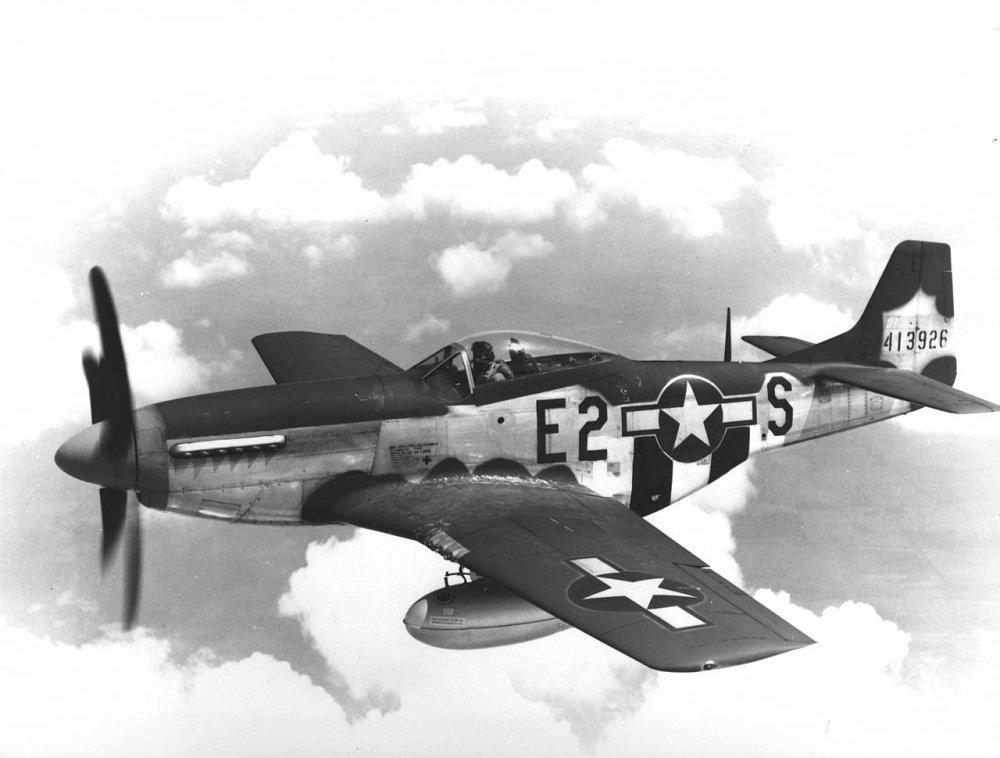 375th_Fighter_Squadron_North_American_P-51D-5-NA_Mustang_44-13926.thumb.jpg.a56ccd2e05c6c2dd3ae22271fe5da0a0.jpg