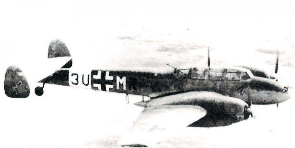 669457740_Messerschmitt-Bf-110D-Zerstorer-7.ZG26-(3UMR)-1942-01v3.thumb.jpg.7a017417cd9f99dc12c31e92ea2f19b7.jpg