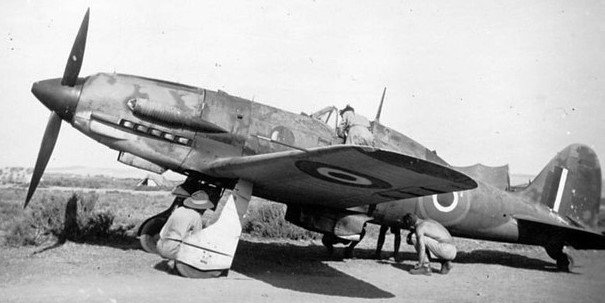 Macchi-M-C-202-Folgore-coded-AN-of-RCAF-No--417-Squadron-at-Castel-Benito--1-.jpg.87870bbdfed4d93c4bf28da044aa8b28.jpg