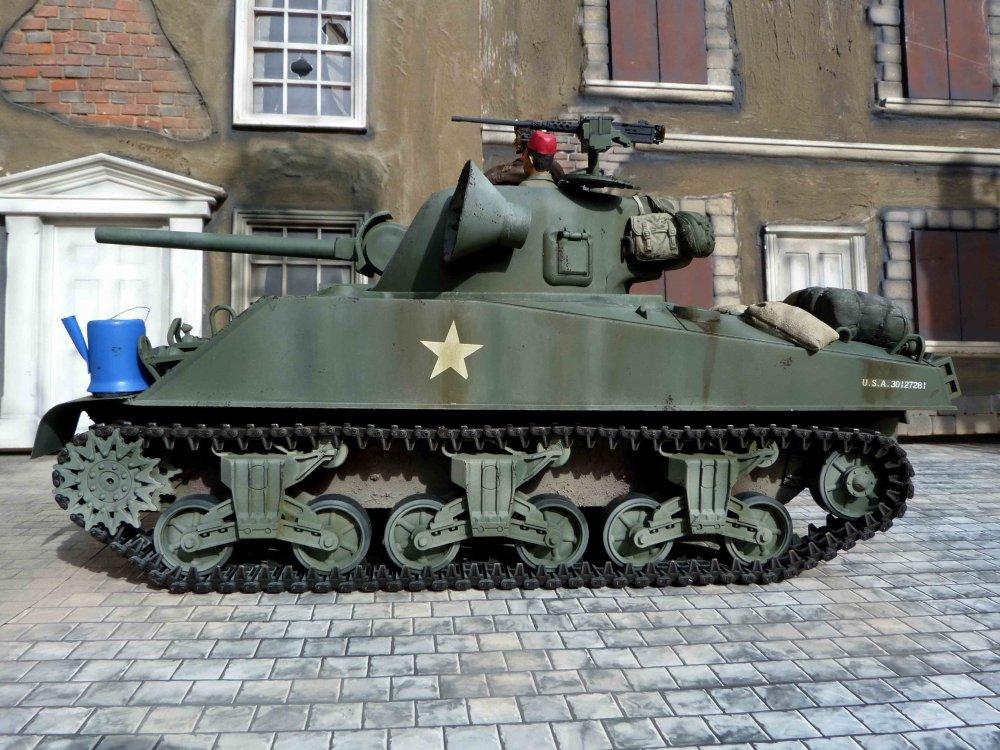Kelly's Heroes Tank.jpg