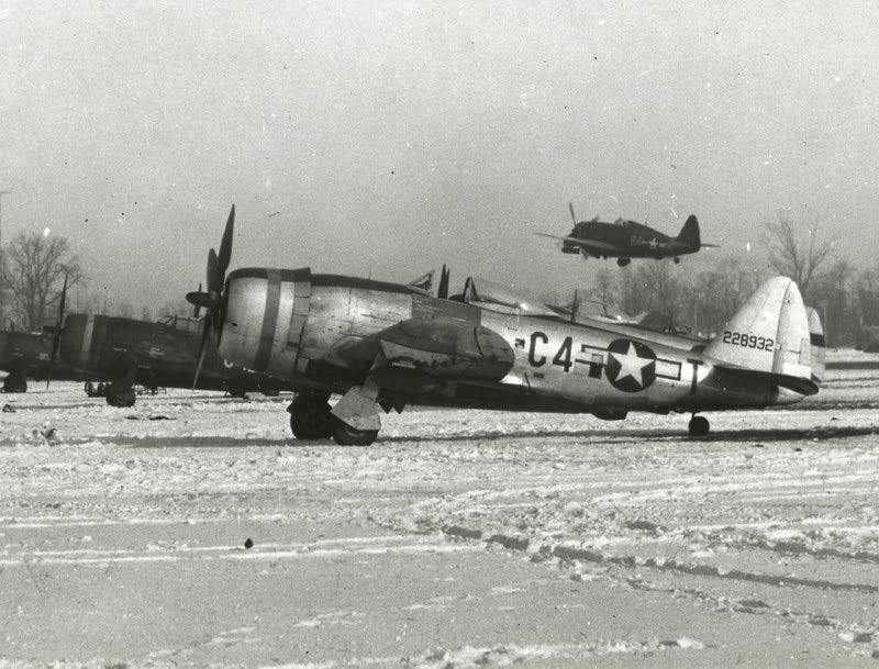 P-47 'C4-T' 365th FG Belgium, early '45.jpg