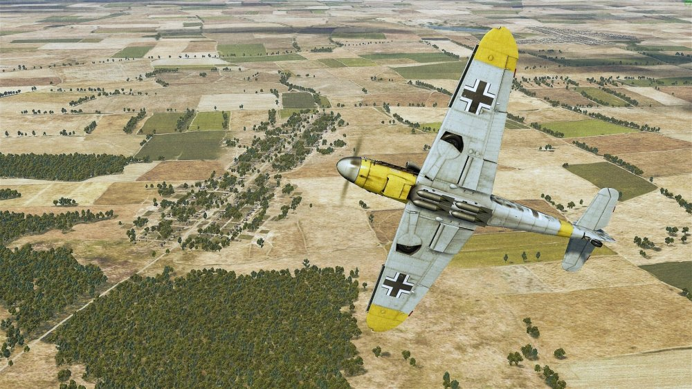 fighter_bomber_bf109.thumb.jpg.92bfcf492f75aff1e6de55b61aee54f6.jpg