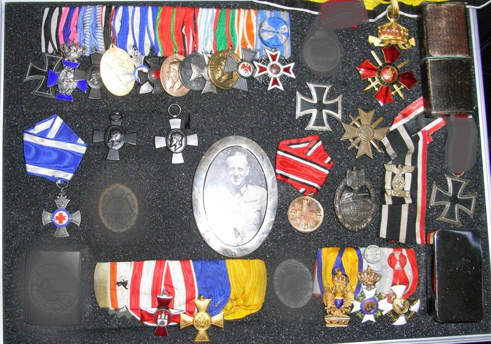 medals.jpg.ad710c997ef204636b737e6e85ee74a7.jpg