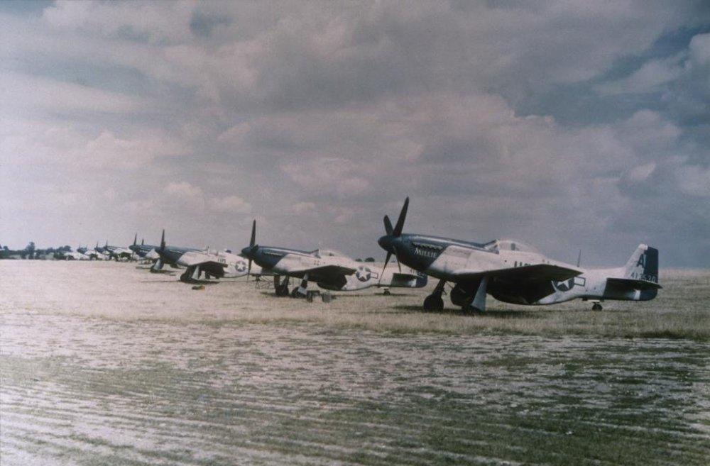 P-51MustangsincludingHO-Aserialnumber44-13530nicknamedMillie.jpg