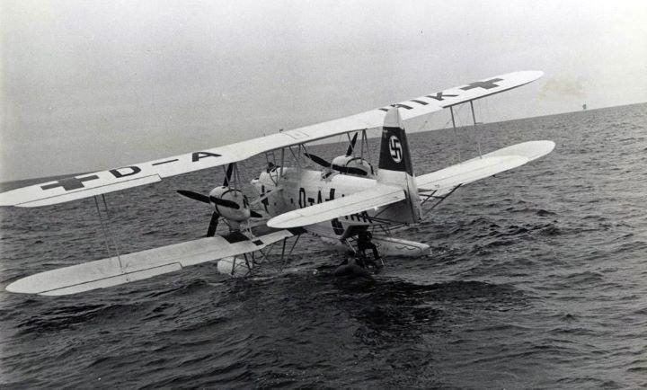Heinkel-59.jpg.55893967ca94a17f3a9f3950d38bce19.jpg