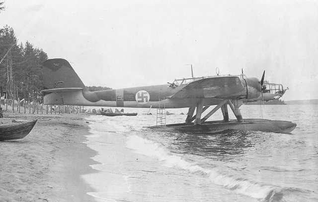 Heinkel He 115 Suomi.jpg