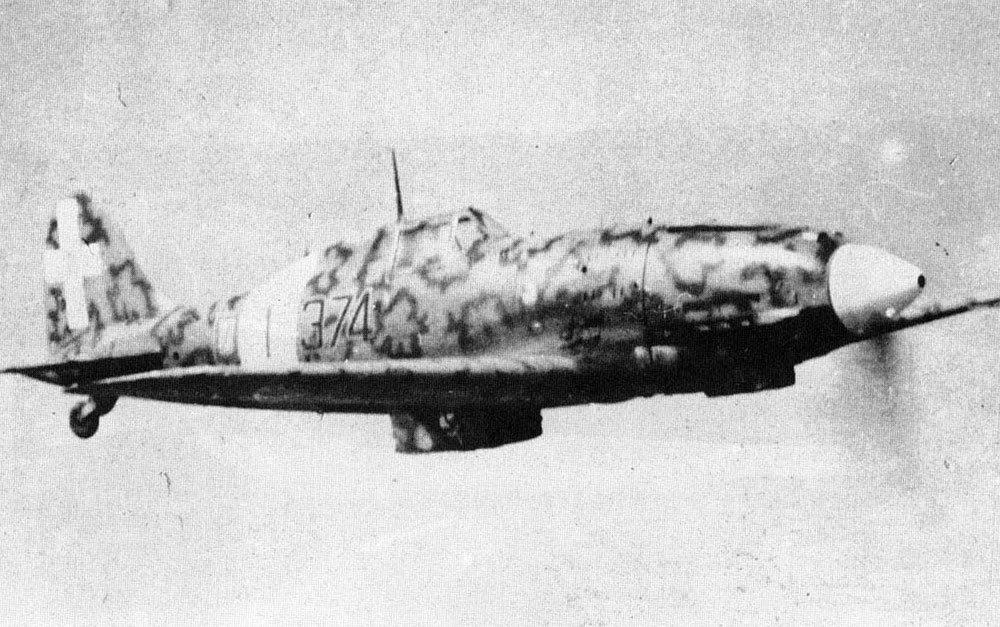 RA-Macchi-C.202-Folgore-51S153G374SA-374-1-Sicily-1942-03.jpg.fc5f28ed529c5aaf86b1d20863c718e8.jpg