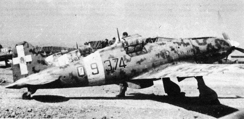 RA-Macchi-C.202-Folgore-51S153G374SA-374-9-Sicily-1942-01.jpg.493e55c6a8c4982d955d32e9e8844d9e.jpg