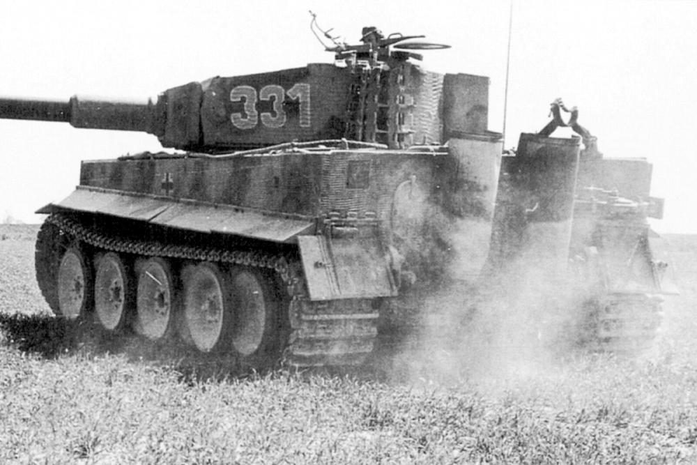 WW2-Char-Tigre-I-Panzer-VI-de.thumb.png.74722caeaabd56683f9ca29c3eb915ac.png