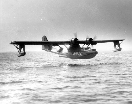 2002198288_Consolidated_PBY_Catalina_landing_at_Naval_Air_Station_Jacksonville_Florida_(USA)_circa_in_1943.jpg.4f300da5bc36a8e4a7c824ba661eca3c.jpg